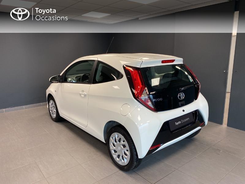 Photo 2 de l'offre de TOYOTA Aygo 1.0 VVT-i 72ch x-play 3p MY20 à 10490€ chez Altis - Toyota Lorient