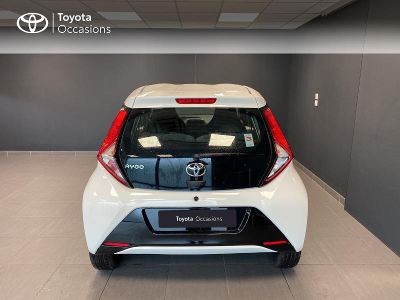 Photo 4 de l'offre de TOYOTA Aygo 1.0 VVT-i 72ch x-play 3p MY20 à 10490€ chez Altis - Toyota Lorient