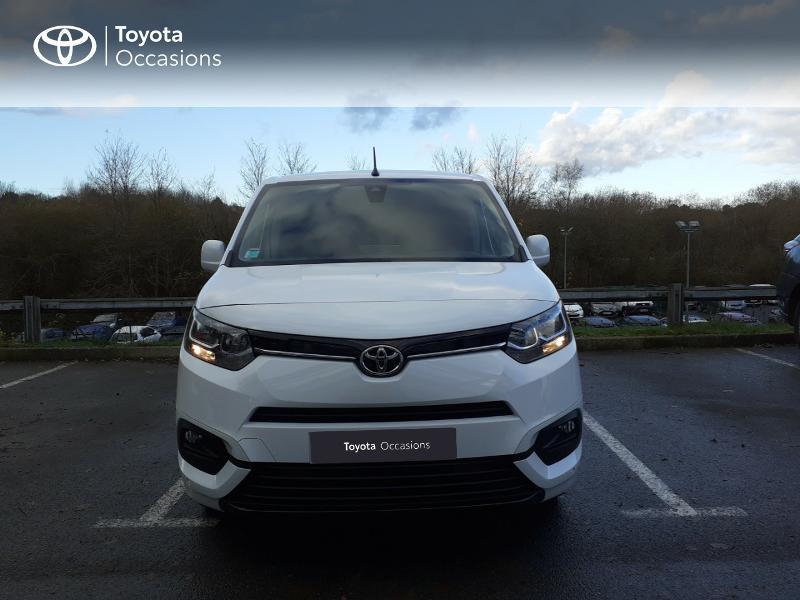 Photo 5 de l'offre de TOYOTA ProAce City Medium 100 D-4D Business à 17990€ chez Altis - Toyota Lorient