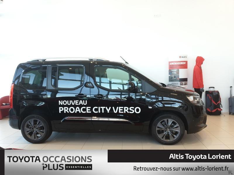 Photo 3 de l'offre de TOYOTA ProAce City Verso Medium 1.5 100 D-4D Design à 29490€ chez Altis - Toyota Lorient