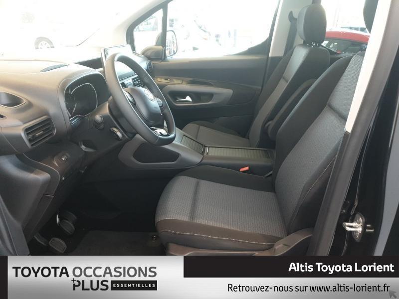 Photo 13 de l'offre de TOYOTA ProAce City Verso Medium 1.5 100 D-4D Design à 29490€ chez Altis - Toyota Lorient