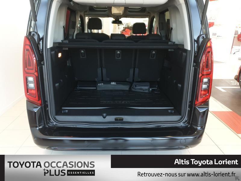 Photo 15 de l'offre de TOYOTA ProAce City Verso Medium 1.5 100 D-4D Design à 29490€ chez Altis - Toyota Lorient