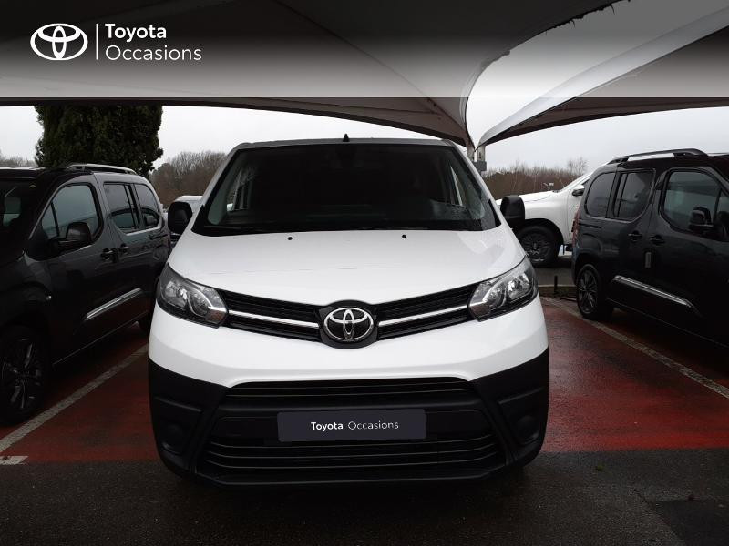 Photo 5 de l'offre de TOYOTA PROACE Compact 1.5 D-4D 100 Dynamic MY20 à 22490€ chez Altis - Toyota Lorient