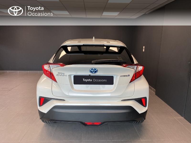 Photo 4 de l'offre de TOYOTA C-HR 122h Edition 2WD E-CVT RC18 à 20590€ chez Altis - Toyota Lorient