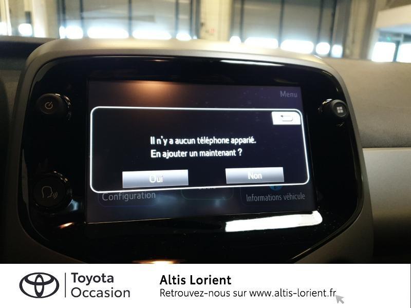 Photo 10 de l'offre de TOYOTA Aygo 1.0 VVT-i 72ch x-play 5p MY20 à 11890€ chez Altis - Toyota Lorient