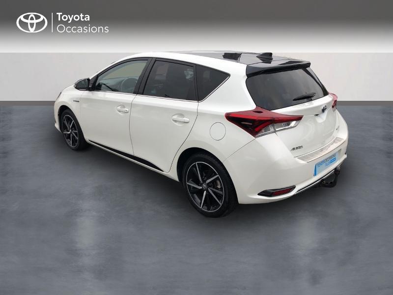 Photo 2 de l'offre de TOYOTA Auris HSD 136h Collection à 17980€ chez Altis - Toyota Vannes