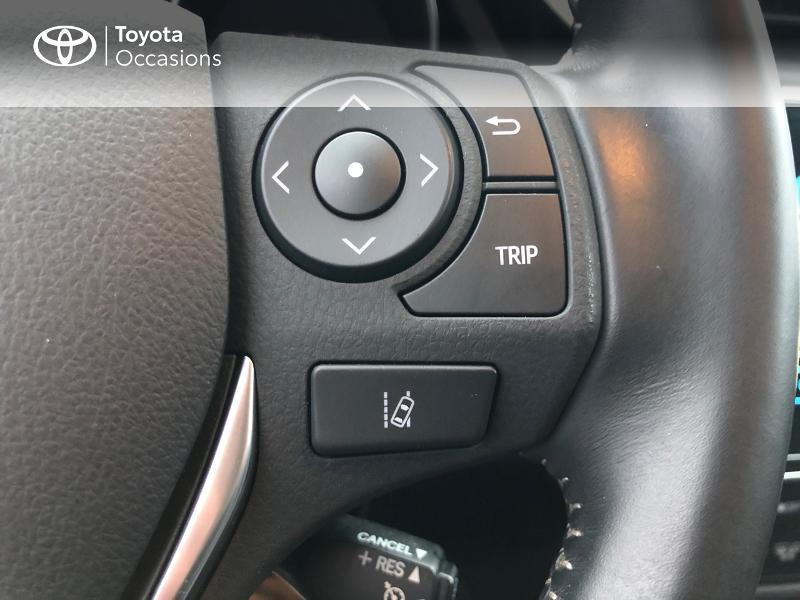Photo 19 de l'offre de TOYOTA Auris HSD 136h Collection à 17980€ chez Altis - Toyota Vannes