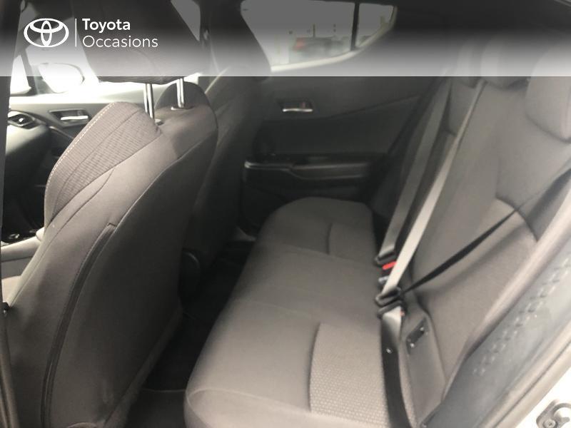 Photo 14 de l'offre de TOYOTA C-HR 122h Design 2WD E-CVT RC18 à 22890€ chez Altis - Toyota Vannes