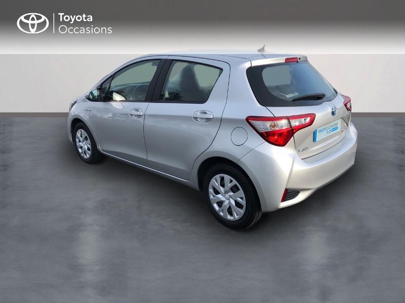 Photo 2 de l'offre de TOYOTA Yaris 100h Dynamic 5p à 13980€ chez Altis - Toyota Vannes
