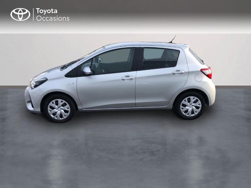 Photo 3 de l'offre de TOYOTA Yaris 100h Dynamic 5p à 13980€ chez Altis - Toyota Vannes