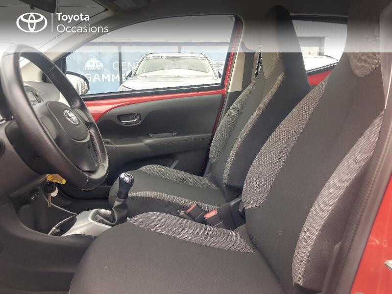 Photo 11 de l'offre de TOYOTA Aygo 1.0 VVT-i 69ch x-red 5p à 8680€ chez Altis - Toyota Vannes