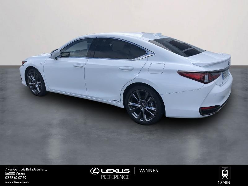 Photo 2 de l'offre de LEXUS ES 300h F SPORT Executive à 45890€ chez Altis - Toyota Vannes