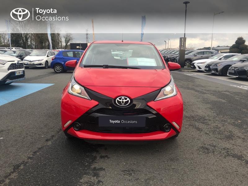 Photo 27 de l'offre de TOYOTA Aygo 1.0 VVT-i 69ch x-red 5p à 8680€ chez Altis - Toyota Vannes