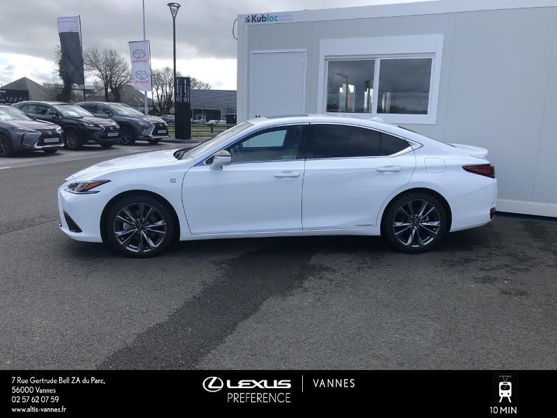 Photo 23 de l'offre de LEXUS ES 300h F SPORT Executive à 45890€ chez Altis - Toyota Vannes