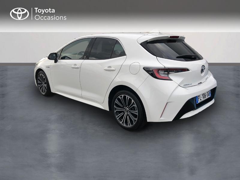 Photo 2 de l'offre de TOYOTA Corolla 122h Design à 23480€ chez Altis - Toyota Vannes