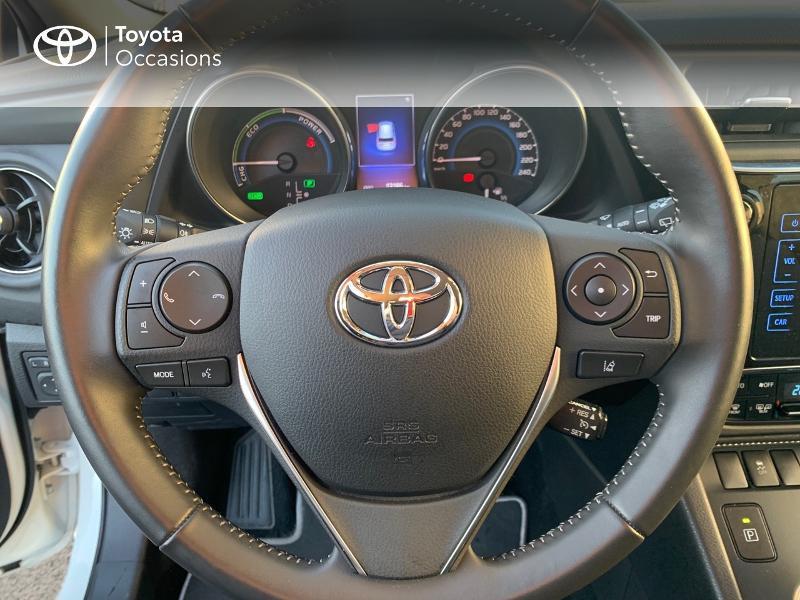 Photo 9 de l'offre de TOYOTA Auris HSD 136h Collection RC18 à 19490€ chez Altis - Toyota Vannes