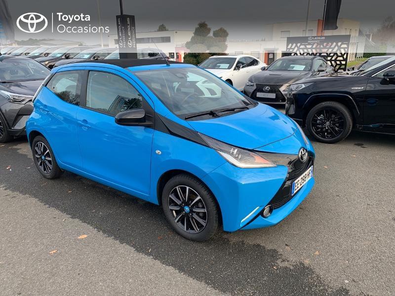 Photo 19 de l'offre de TOYOTA Aygo 1.0 VVT-i 69ch x-wave 2 5p à 8980€ chez Altis - Toyota Vannes