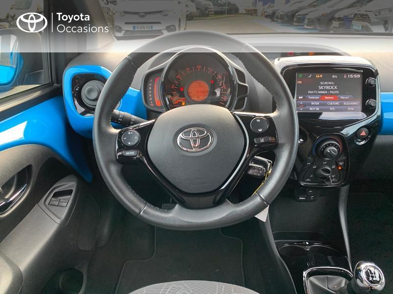 Photo 9 de l'offre de TOYOTA Aygo 1.0 VVT-i 69ch x-wave 2 5p à 8980€ chez Altis - Toyota Vannes