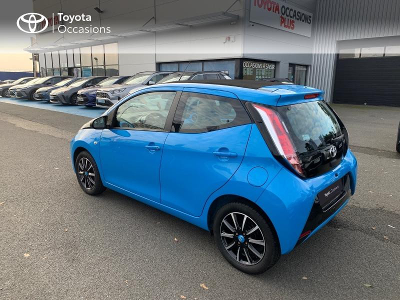 Photo 26 de l'offre de TOYOTA Aygo 1.0 VVT-i 69ch x-wave 2 5p à 8980€ chez Altis - Toyota Vannes