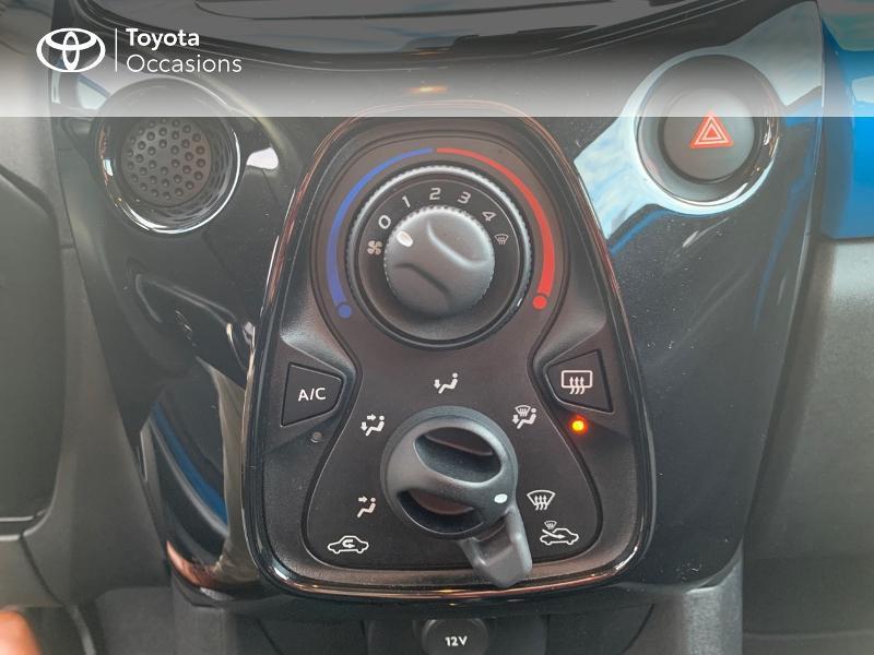 Photo 22 de l'offre de TOYOTA Aygo 1.0 VVT-i 69ch x-wave 2 5p à 8980€ chez Altis - Toyota Vannes
