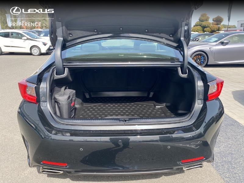 Photo 10 de l'offre de LEXUS RC 300h F SPORT Executive à 39980€ chez Altis - Toyota Vannes