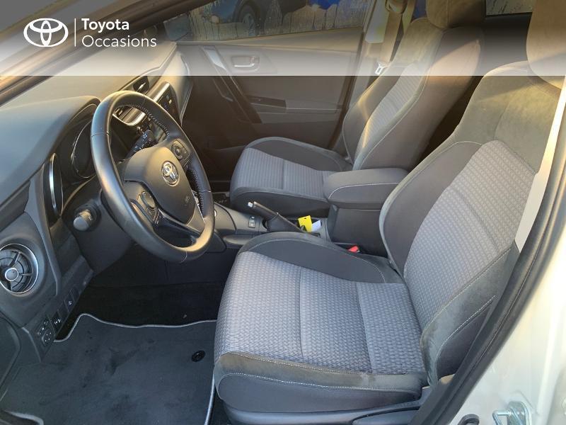 Photo 11 de l'offre de TOYOTA Auris HSD 136h Collection RC18 à 19490€ chez Altis - Toyota Vannes