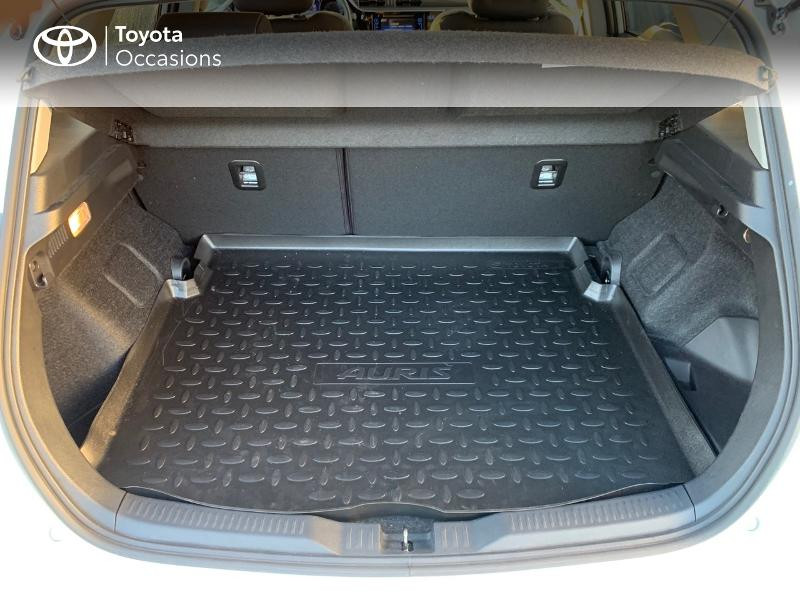 Photo 10 de l'offre de TOYOTA Auris HSD 136h Collection RC18 à 19490€ chez Altis - Toyota Vannes