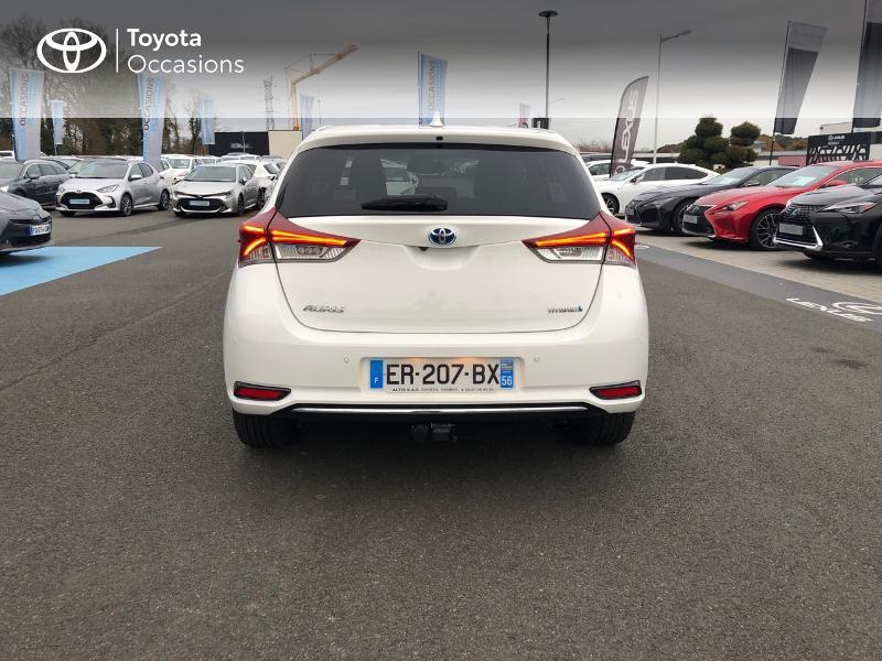 Photo 27 de l'offre de TOYOTA Auris HSD 136h Design à 17490€ chez Altis - Toyota Vannes