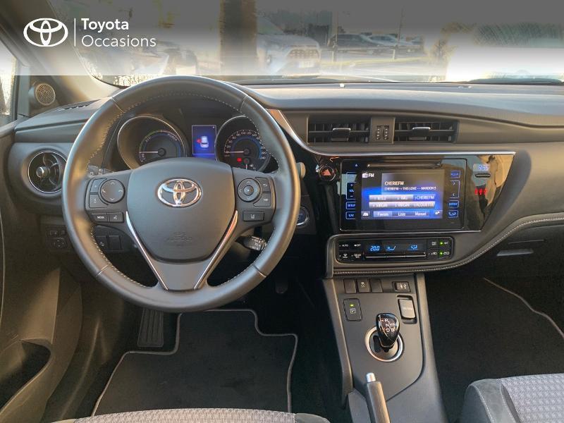 Photo 8 de l'offre de TOYOTA Auris HSD 136h Collection RC18 à 19490€ chez Altis - Toyota Vannes