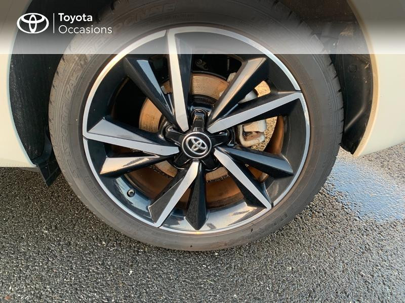 Photo 16 de l'offre de TOYOTA Auris HSD 136h Collection RC18 à 19490€ chez Altis - Toyota Vannes
