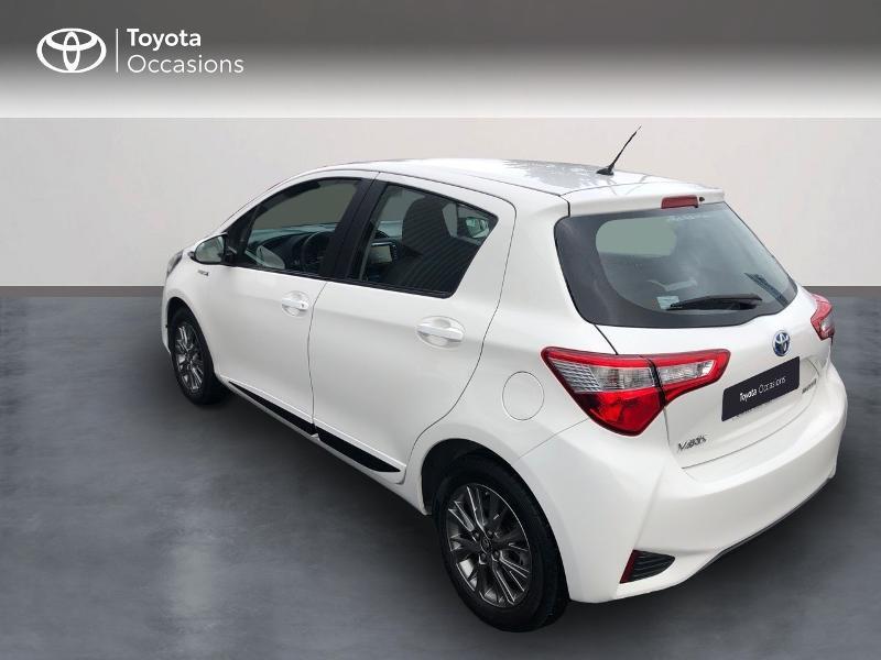 Photo 2 de l'offre de TOYOTA Yaris HSD 100h Dynamic 5p à 12890€ chez Altis - Toyota Vannes