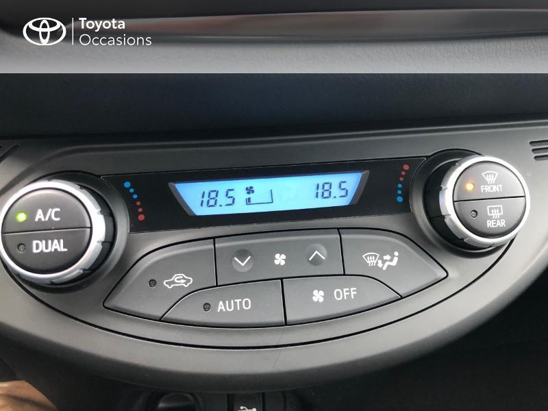 Photo 22 de l'offre de TOYOTA Yaris HSD 100h Dynamic 5p à 12890€ chez Altis - Toyota Vannes