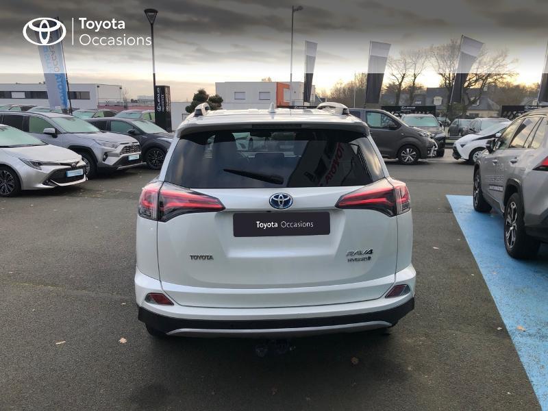 Photo 28 de l'offre de TOYOTA RAV4 197 Hybride Design 2WD CVT à 21980€ chez Altis - Toyota Vannes