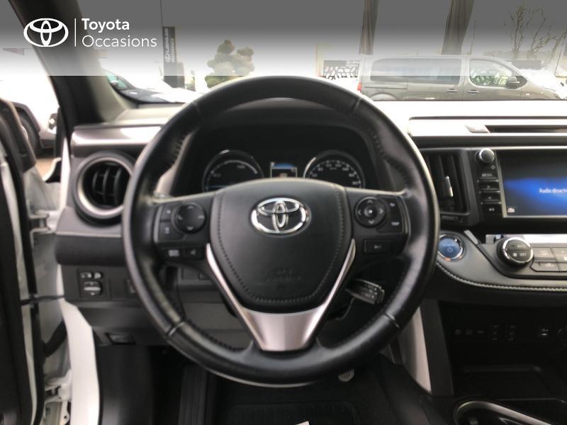 Photo 9 de l'offre de TOYOTA RAV4 197 Hybride Design 2WD CVT à 21980€ chez Altis - Toyota Vannes