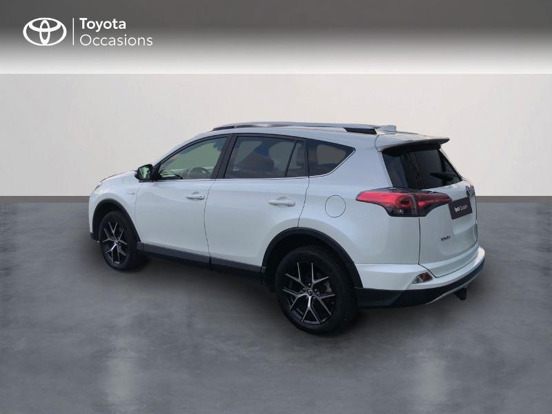 Photo 2 de l'offre de TOYOTA RAV4 197 Hybride Design 2WD CVT à 21980€ chez Altis - Toyota Vannes