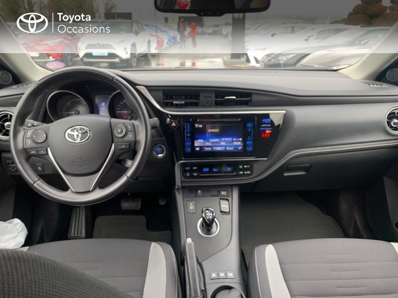 Photo 8 de l'offre de TOYOTA Auris HSD 136h Design à 16690€ chez Altis - Toyota Vannes