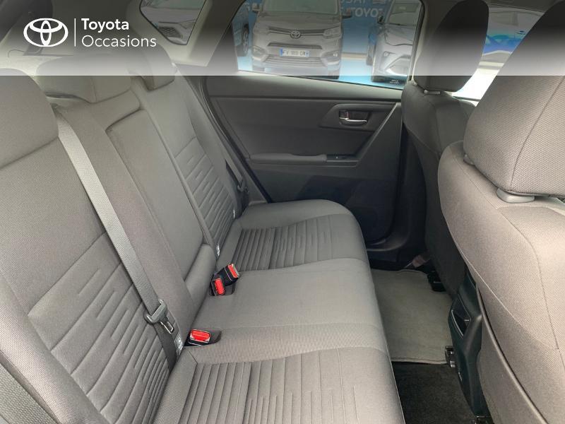 Photo 7 de l'offre de TOYOTA Auris HSD 136h Design à 16690€ chez Altis - Toyota Vannes