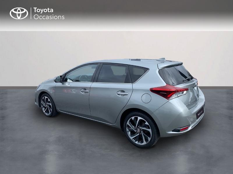 Photo 2 de l'offre de TOYOTA Auris HSD 136h Design à 16690€ chez Altis - Toyota Vannes