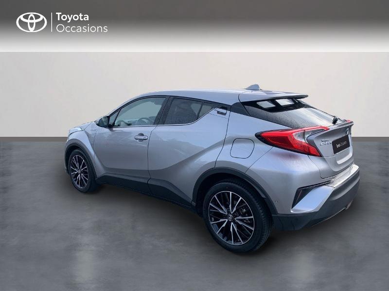 Photo 2 de l'offre de TOYOTA C-HR 122h Distinctive 2WD E-CVT à 20980€ chez Altis - Toyota Vannes