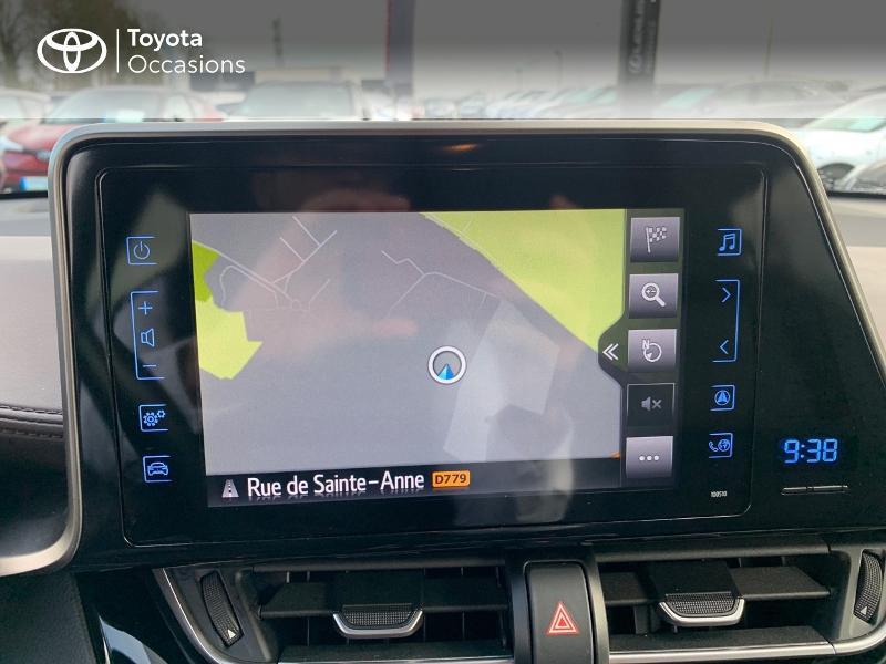 Photo 24 de l'offre de TOYOTA C-HR 122h Distinctive 2WD E-CVT à 20980€ chez Altis - Toyota Vannes