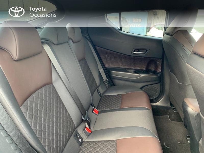 Photo 7 de l'offre de TOYOTA C-HR 122h Distinctive 2WD E-CVT à 20980€ chez Altis - Toyota Vannes
