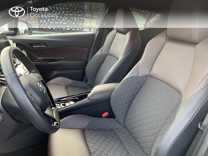 Photo 11 de l'offre de TOYOTA C-HR 122h Distinctive 2WD E-CVT à 20980€ chez Altis - Toyota Vannes