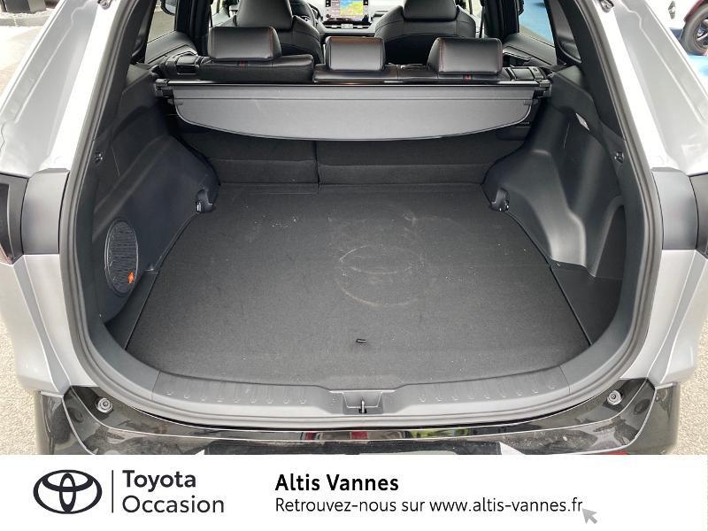 Photo 15 de l'offre de TOYOTA RAV4 Hybride Rechargeable 306ch Collection AWD à 57480€ chez Altis - Toyota Vannes