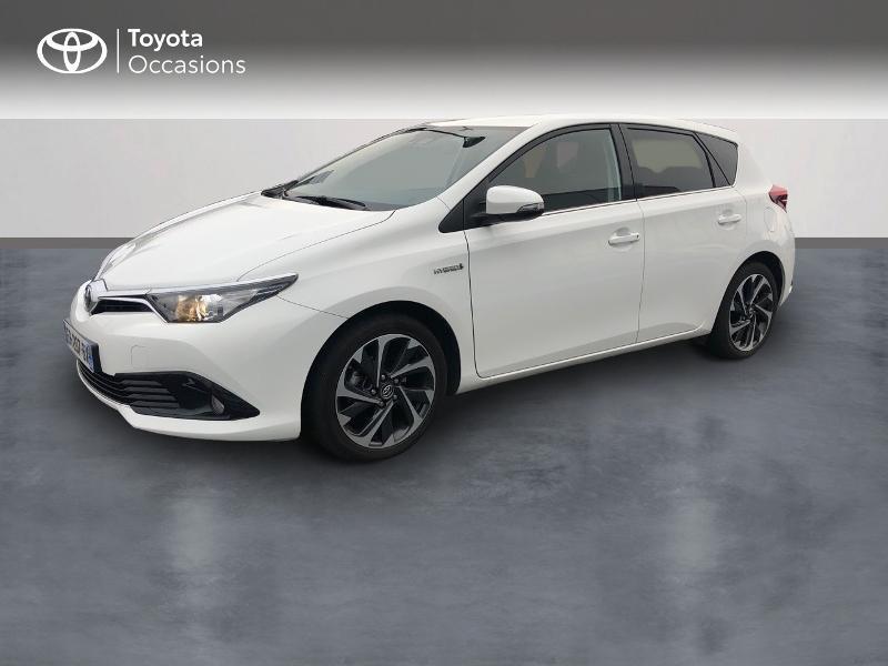 Photo 1 de l'offre de TOYOTA Auris HSD 136h Design à 17490€ chez Altis - Toyota Vannes