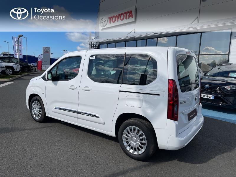 Photo 21 de l'offre de TOYOTA PROACE CITY Verso Medium 1.2 110 VVT-i Dynamic RC21 à 22900€ chez Altis - Toyota Vannes