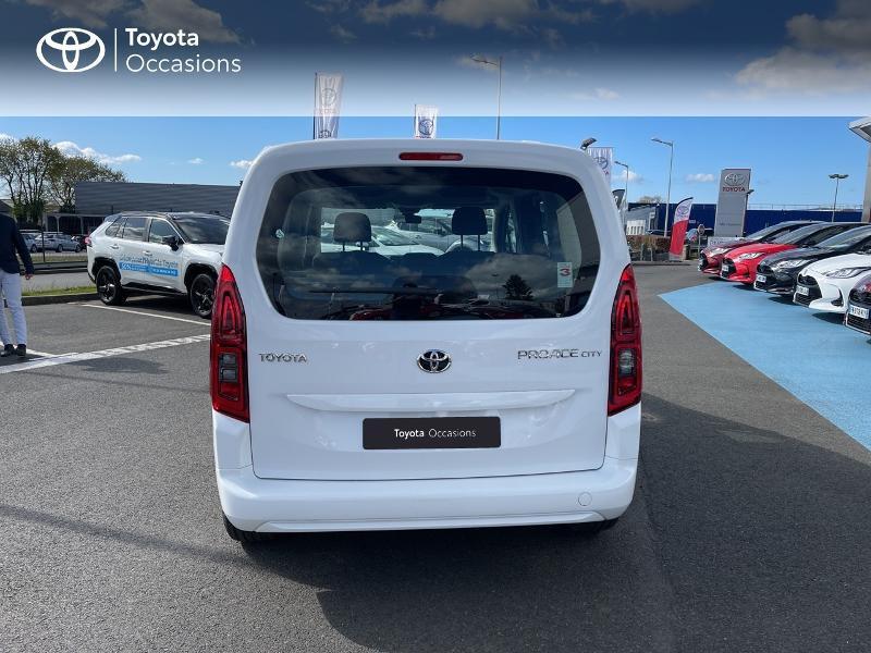 Photo 23 de l'offre de TOYOTA PROACE CITY Verso Medium 1.2 110 VVT-i Dynamic RC21 à 22900€ chez Altis - Toyota Vannes