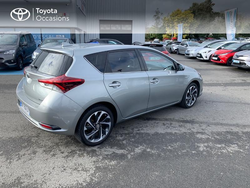 Photo 18 de l'offre de TOYOTA Auris HSD 136h Design à 16690€ chez Altis - Toyota Vannes