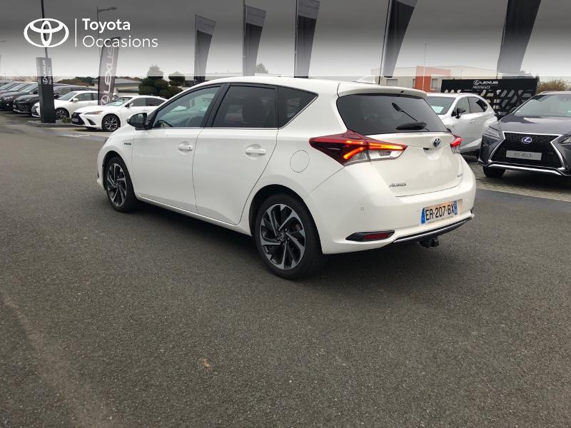Photo 25 de l'offre de TOYOTA Auris HSD 136h Design à 17490€ chez Altis - Toyota Vannes