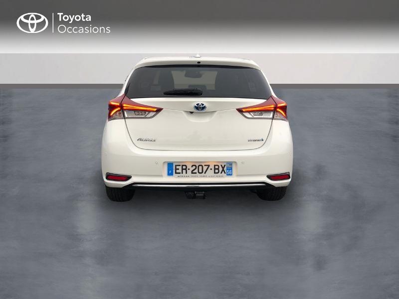 Photo 4 de l'offre de TOYOTA Auris HSD 136h Design à 17490€ chez Altis - Toyota Vannes