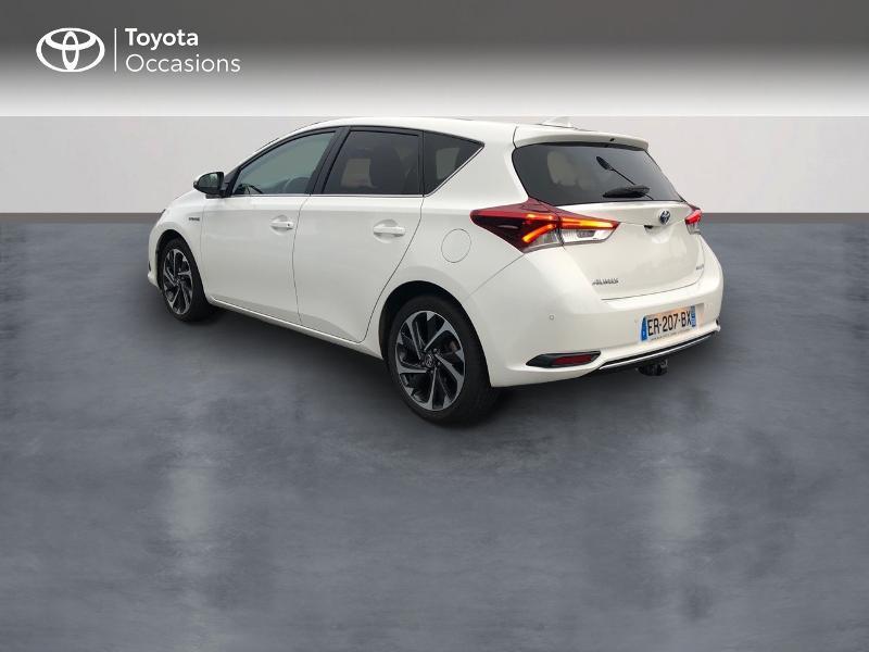 Photo 2 de l'offre de TOYOTA Auris HSD 136h Design à 17490€ chez Altis - Toyota Vannes